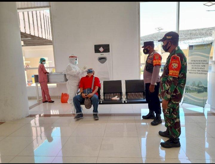 Perketat Tracing and Testing di Pintu Perbatasan RI-RDTL, 6 Orang Pelintas Batas Diperiksa