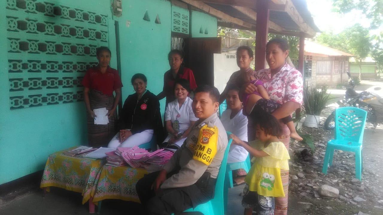 Brigpol Dani Jafar melaksanakan kegiatan Sambang dan imbauan keliling Desa Oenak